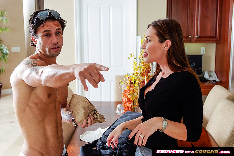 Seduced By A Cougar – Sky Taylor- Sky Taylor gets fucked – Remastered 1