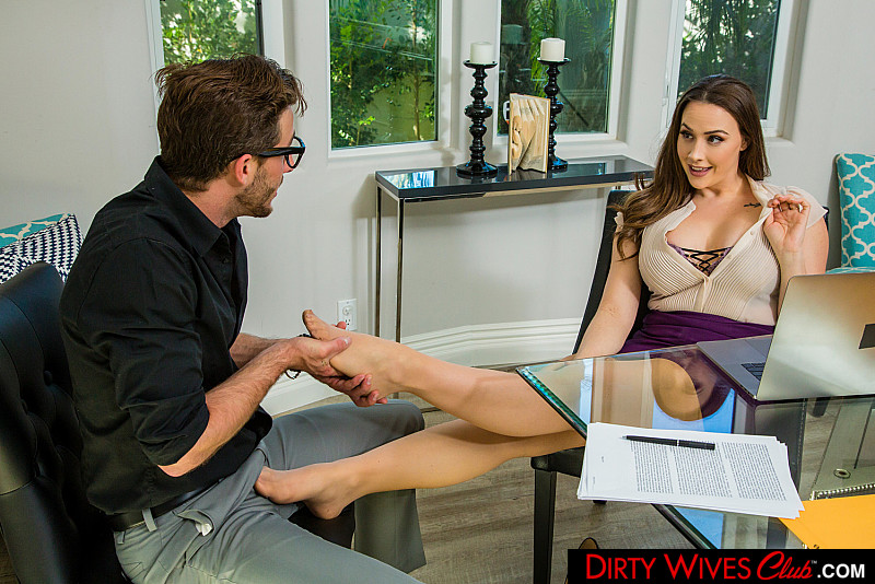 Dirty Wives Club – Chanel Preston – Chanel Preston fucks assistant 1