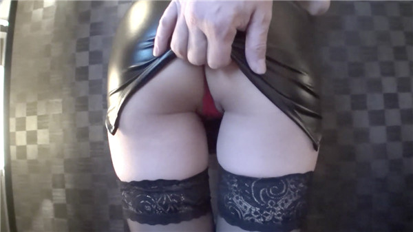 FC2 PPV 1253004 Glasses girl Rikejo SARA is a miniskirt whore and enjoys plenty of beautiful buttocks proud Slender constricted whore dressed in black tight skirt and red T-back Review benefits are different from GoPro angle full of presence 1