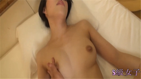 Tokyo Hot jpgc1097 Tokyo Hot Young wife clings to another stick because of debt trouble Production Finally insert another stick Decamar to young wife pussy 1
